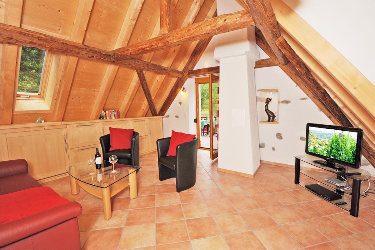 wohnen ferienwohnung ferienhaus am kropbach in staufen im breisgau s dlicher schwarzwald. Black Bedroom Furniture Sets. Home Design Ideas